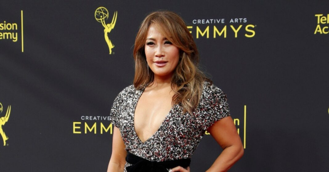 Carrie-Ann-Inaba-'The-Talk-Exit-1