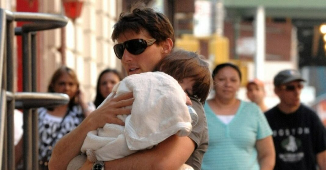 Does Tom Cruise have a relationship with Suri?