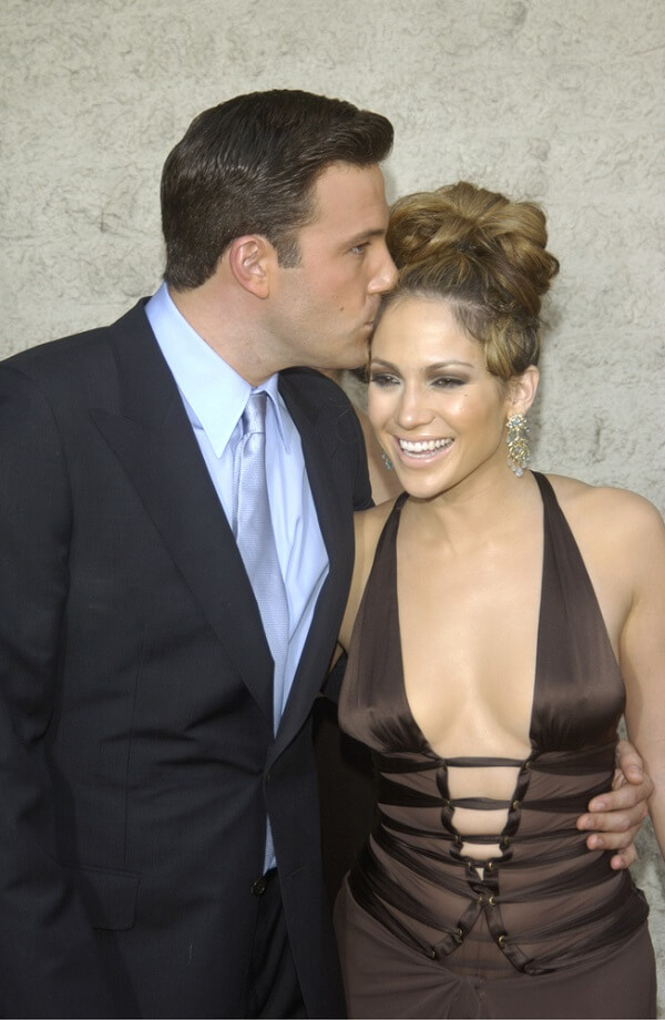J.Lo and Ben Affleck are getting serious again