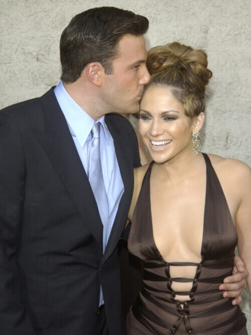Jennifer Lopez and Ben Affleck were seen together on a sexy vacation. Are they getting back together?