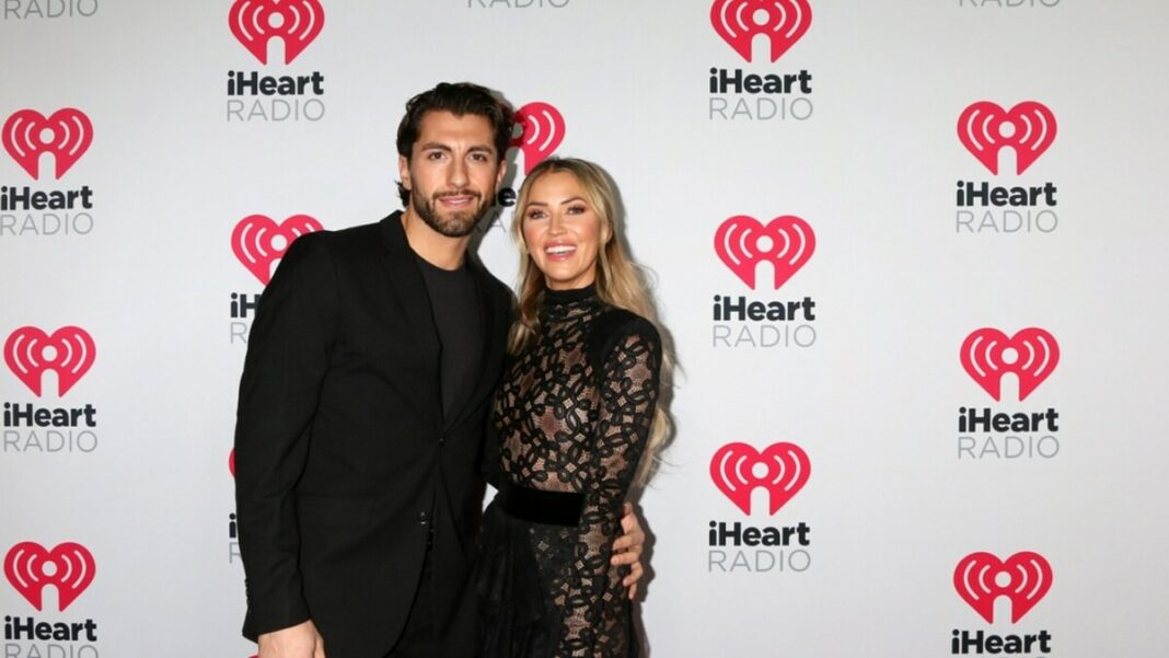 Kaitlyn Bristowe replaces Shawn Booth. She's finally engaged!