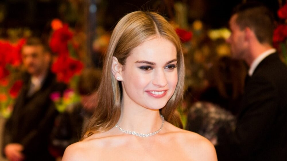 Lily James' Transformation Into Pamela Anderson is Incredible! She looks amazing in the new photos!