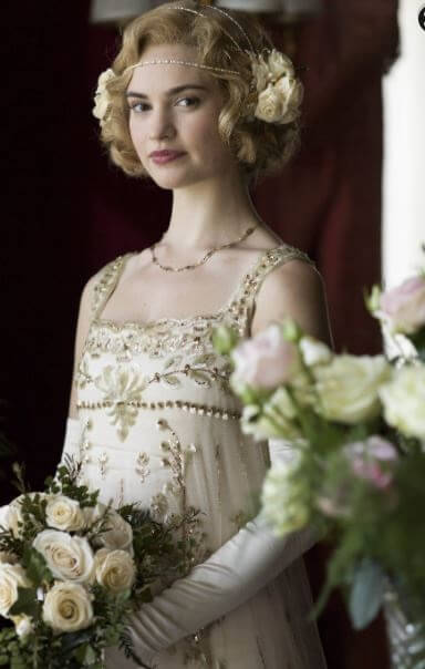 Lily-James-on-Downtown-Abbey