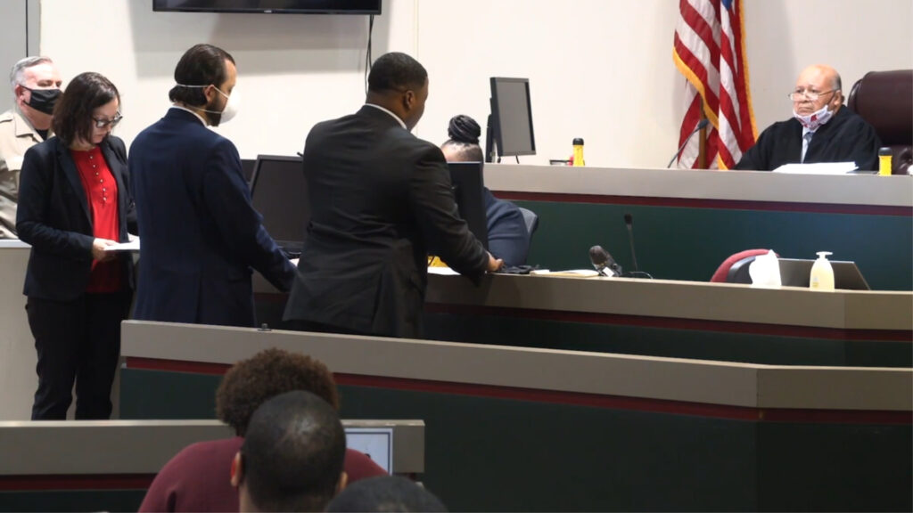 During preliminary hearing, investigators allege that Justin Tyran Roberts targeted victims based on race.