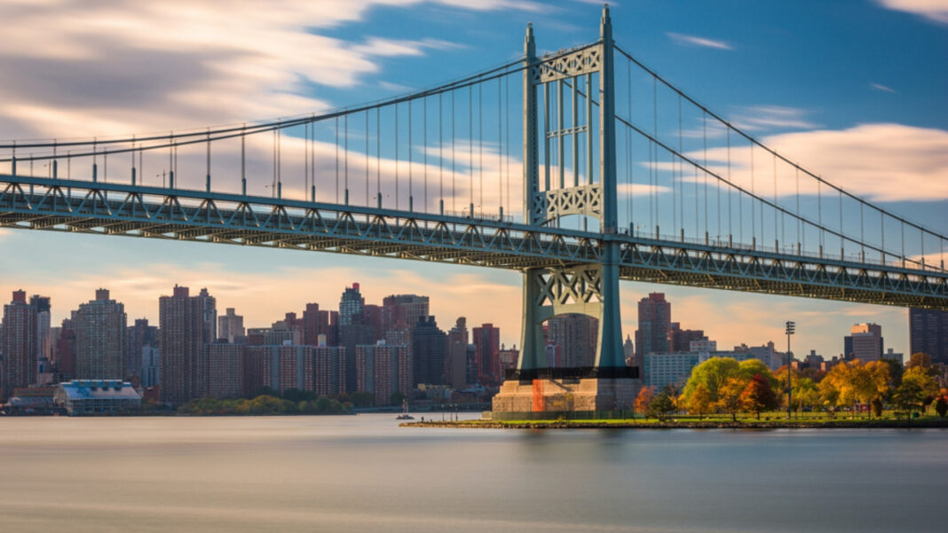 How did a volleyball cause a NYC man to die in East River? [Update]