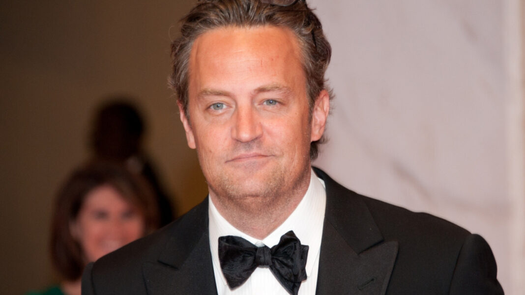 Molly Hurwitz and Matthew Perry Split. The couple have yet to reveal what happened.