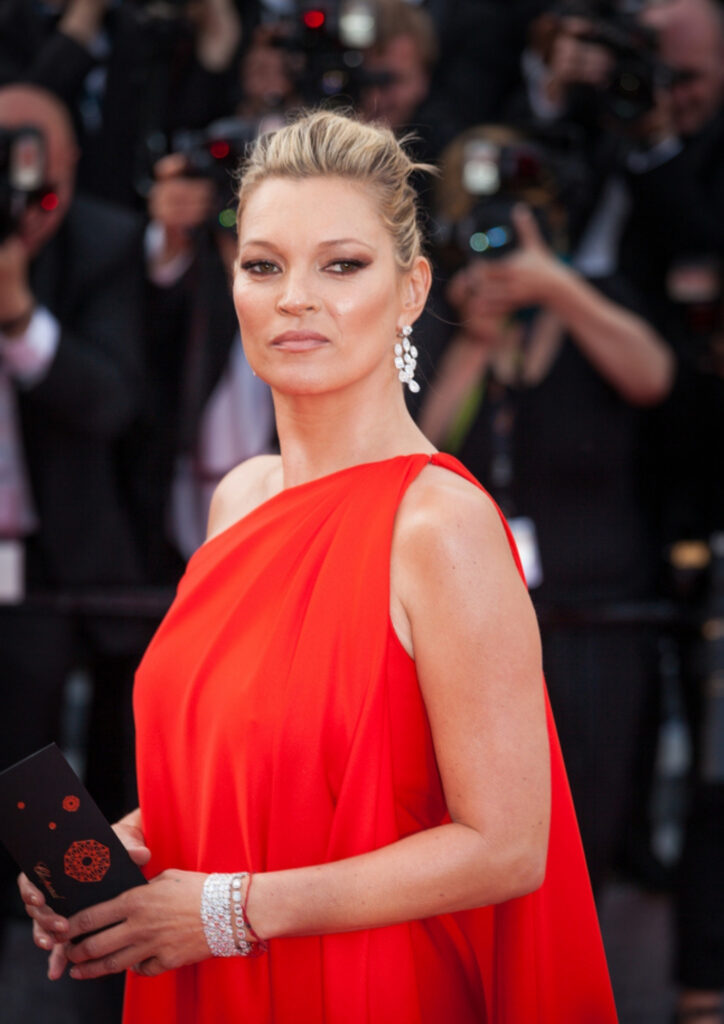 After a 15-year absence from the Cannes Film Festival, Kate Moss made a dramatic entrance in 2016. Many fans believed she used plastic surgery to complete a stunning transformation.