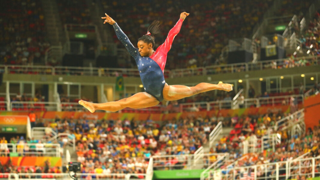 Simone Biles Stressed And Anxious? Emotional Gymnast Is 1 Of Many Feeling Pressured To Bring the U.S. A Medal