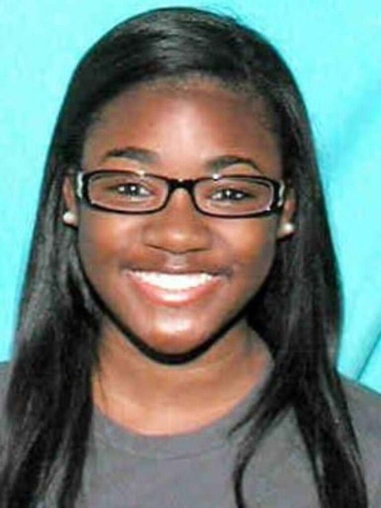 Precious Stephens is wanted for deliberately hanging up on 911 calls. The New Orleans 911 operator disrupted emergency communications and neglected to relay pertinent information to the appropriate department.